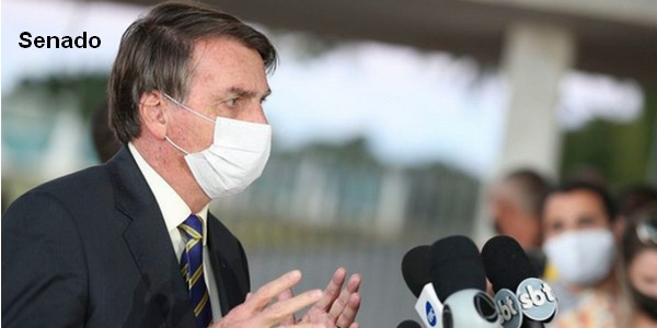 Senadores repudiam ataques de Jair Bolsonaro a jornalista