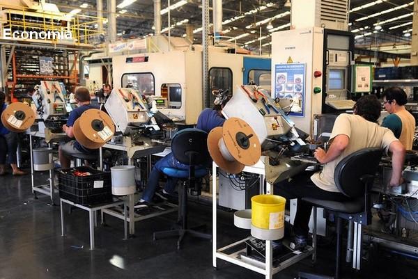 Economia brasileira cresce 0,4% no segundo trimestre, anuncia IBGE