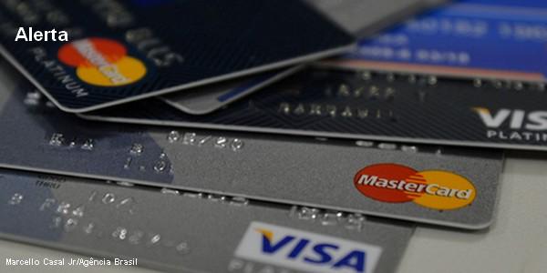 Federação de bancos alerta para aumento de fraudes durante a pandemia