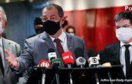 Anúncio de Bolsonaro sobre vacinas veio com